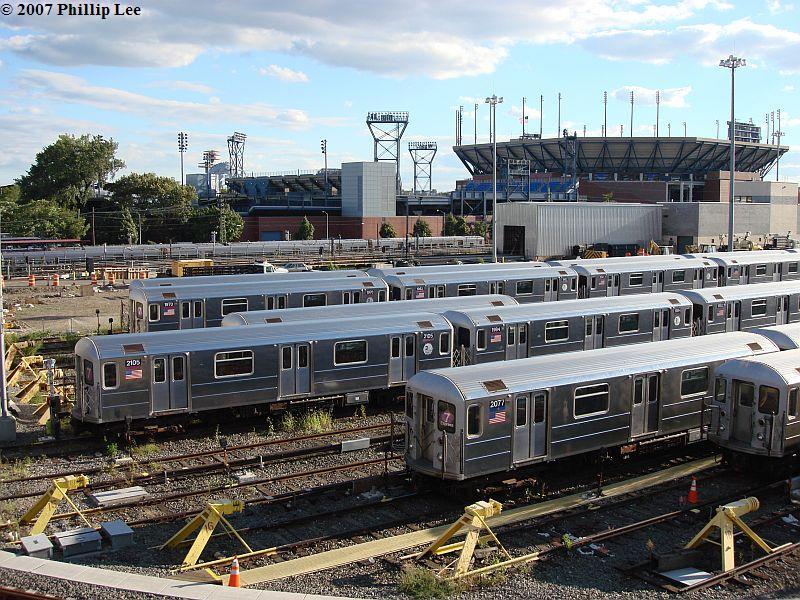 (153k, 800x600)<br><b>Country:</b> United States<br><b>City:</b> New York<br><b>System:</b> New York City Transit<br><b>Location:</b> Corona Yard<br><b>Car:</b> R-62A (Bombardier, 1984-1987) 2105/2077 <br><b>Photo by:</b> Phillip Lee<br><b>Date:</b> 9/15/2007<br><b>Viewed (this week/total):</b> 5 / 2450