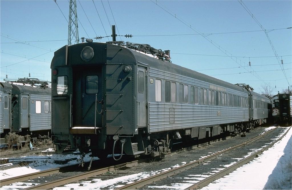 (198k, 1024x668)<br><b>Country:</b> United States<br><b>System:</b> Metro-North Railroad (or Amtrak or Predecessor RR)<br><b>Line:</b> Metro North-New Haven Line<br><b>Location:</b> Stamford<br><b>Car:</b>  4407 <br><b>Photo by:</b> Ed McKernan<br><b>Collection of:</b> Joe Testagrose<br><b>Date:</b> 3/19/1977<br><b>Viewed (this week/total):</b> 1 / 2260