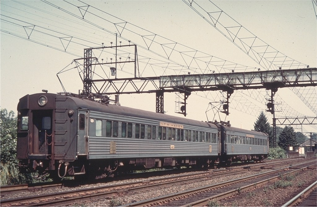 (226k, 1024x667)<br><b>Country:</b> United States<br><b>System:</b> Metro-North Railroad (or Amtrak or Predecessor RR)<br><b>Line:</b> Metro North-New Haven Line<br><b>Location:</b> Mamaroneck<br><b>Car:</b>  4482 <br><b>Photo by:</b> Fred Byerly Collection<br><b>Collection of:</b> Joe Testagrose<br><b>Viewed (this week/total):</b> 1 / 3132