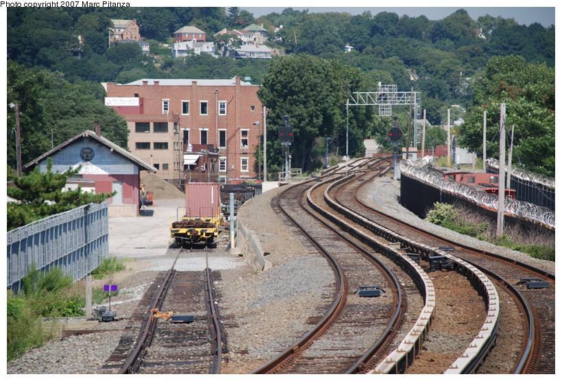(224k, 820x556)<br><b>Country:</b> United States<br><b>City:</b> New York<br><b>System:</b> New York City Transit<br><b>Line:</b> SIRT<br><b>Location:</b> Clifton Yard/Shops<br><b>Photo by:</b> Marc Pitanza<br><b>Date:</b> 8/29/2007<br><b>Viewed (this week/total):</b> 2 / 4534