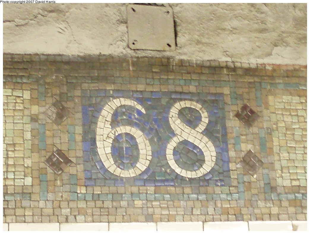 (235k, 1044x788)<br><b>Country:</b> United States<br><b>City:</b> New York<br><b>System:</b> New York City Transit<br><b>Line:</b> IRT East Side Line<br><b>Location:</b> 68th Street<br><b>Photo by:</b> David Harris<br><b>Date:</b> 11/16/2007<br><b>Viewed (this week/total):</b> 2 / 1764