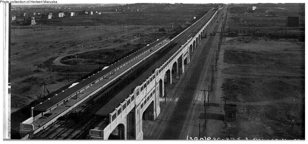 (160k, 1044x491)<br><b>Country:</b> United States<br><b>City:</b> New York<br><b>System:</b> New York City Transit<br><b>Line:</b> IRT Flushing Line<br><b>Location:</b> 33rd Street/Rawson Street<br><b>Collection of:</b> Herbert P. Maruska<br><b>Date:</b> 1917<br><b>Viewed (this week/total):</b> 0 / 3318