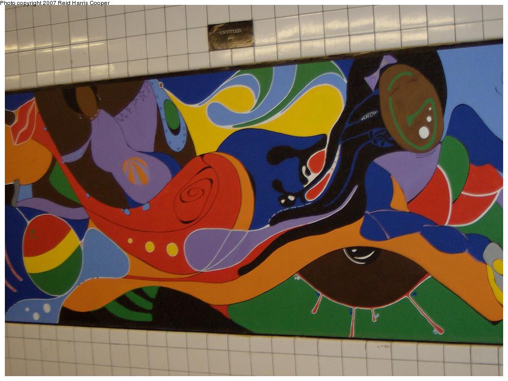 (241k, 1044x783)<br><b>Country:</b> United States<br><b>City:</b> New York<br><b>System:</b> New York City Transit<br><b>Line:</b> IND Crosstown Line<br><b>Location:</b> Clinton/Washington Aves.<br><b>Photo by:</b> Reid Harris Cooper<br><b>Date:</b> 4/2007<br><b>Artwork:</b> <i>Untitled</i>, Maku<br><b>Viewed (this week/total):</b> 6 / 2847