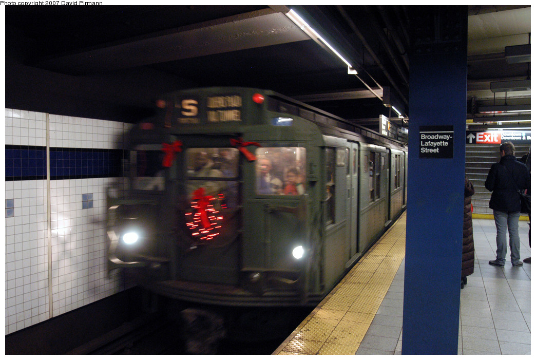 (250k, 1044x701)<br><b>Country:</b> United States<br><b>City:</b> New York<br><b>System:</b> New York City Transit<br><b>Line:</b> IND 6th Avenue Line<br><b>Location:</b> Broadway/Lafayette<br><b>Route:</b> Museum Train Service (V)<br><b>Car:</b> R-9 (Pressed Steel, 1940) 1802 <br><b>Photo by:</b> David Pirmann<br><b>Date:</b> 12/9/2007<br><b>Notes:</b> Train in regular Nostalgia Train service, not technically a fan trip.<br><b>Viewed (this week/total):</b> 0 / 2834