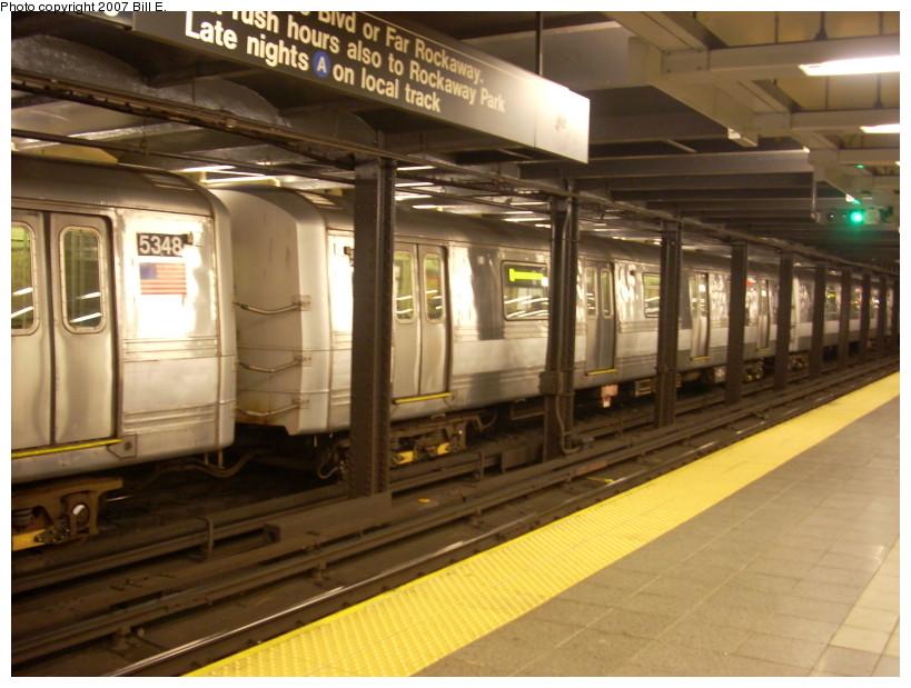 (166k, 819x619)<br><b>Country:</b> United States<br><b>City:</b> New York<br><b>System:</b> New York City Transit<br><b>Line:</b> IND 8th Avenue Line<br><b>Location:</b> 14th Street<br><b>Route:</b> A<br><b>Car:</b> R-44 (St. Louis, 1971-73) 5349 <br><b>Photo by:</b> Bill E.<br><b>Date:</b> 12/9/2007<br><b>Viewed (this week/total):</b> 3 / 3265