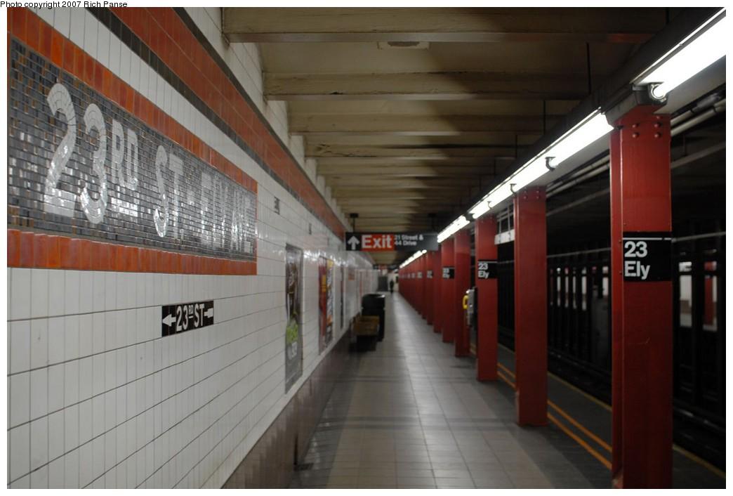 (170k, 1044x706)<br><b>Country:</b> United States<br><b>City:</b> New York<br><b>System:</b> New York City Transit<br><b>Line:</b> IND Queens Boulevard Line<br><b>Location:</b> Court Square/23rd St (Ely Avenue)<br><b>Photo by:</b> Richard Panse<br><b>Date:</b> 12/9/2007<br><b>Notes:</b> Platform view.<br><b>Viewed (this week/total):</b> 3 / 1967