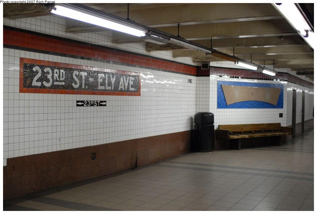 (153k, 1044x706)<br><b>Country:</b> United States<br><b>City:</b> New York<br><b>System:</b> New York City Transit<br><b>Line:</b> IND Queens Boulevard Line<br><b>Location:</b> Court Square/23rd St (Ely Avenue)<br><b>Photo by:</b> Richard Panse<br><b>Date:</b> 12/9/2007<br><b>Notes:</b> Platform view.<br><b>Viewed (this week/total):</b> 4 / 2137