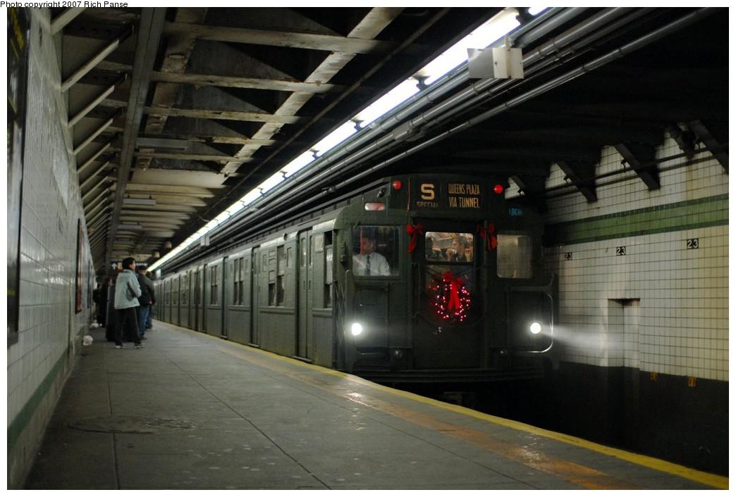 (171k, 1044x706)<br><b>Country:</b> United States<br><b>City:</b> New York<br><b>System:</b> New York City Transit<br><b>Line:</b> IND 6th Avenue Line<br><b>Location:</b> 23rd Street<br><b>Route:</b> Museum Train Service (V)<br><b>Car:</b> R-9 (Pressed Steel, 1940) 1802 <br><b>Photo by:</b> Richard Panse<br><b>Date:</b> 12/9/2007<br><b>Notes:</b> Train in regular Nostalgia Train service, not technically a fan trip.<br><b>Viewed (this week/total):</b> 3 / 2840