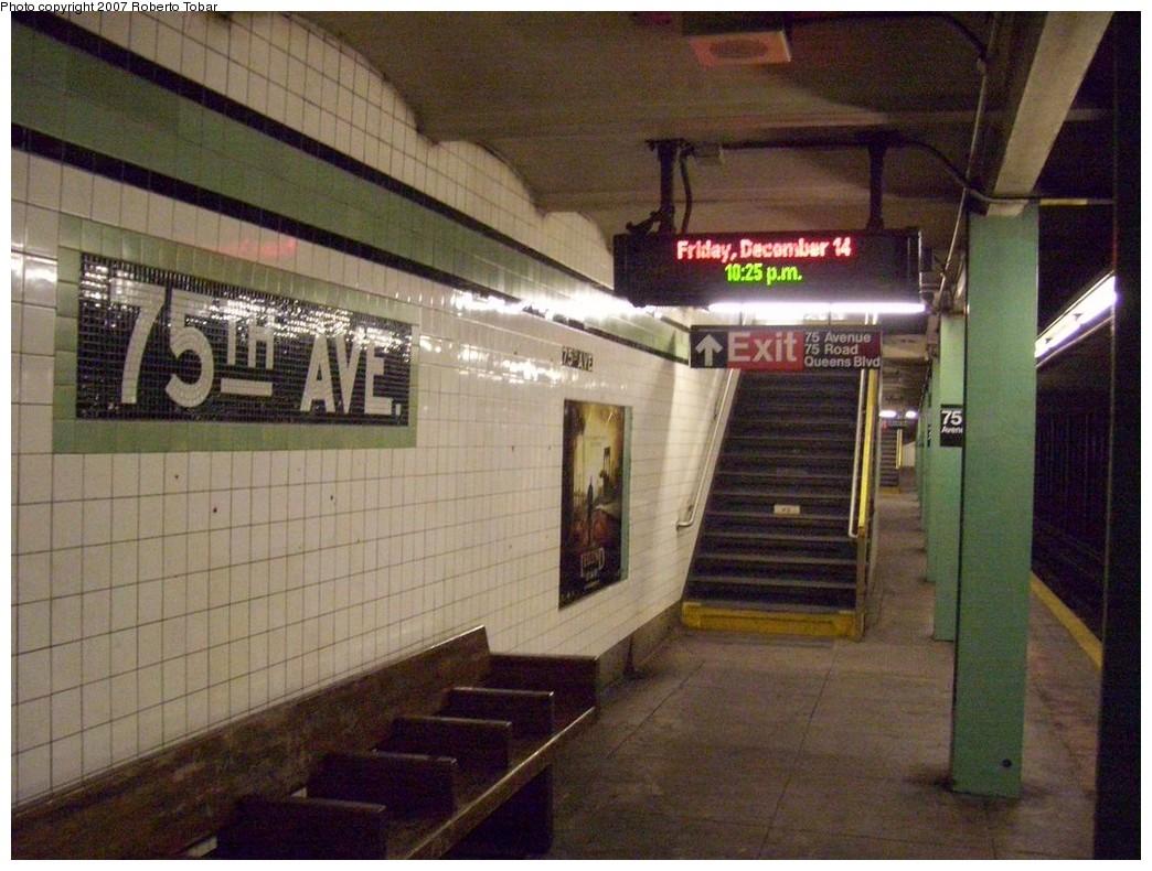 (223k, 1044x790)<br><b>Country:</b> United States<br><b>City:</b> New York<br><b>System:</b> New York City Transit<br><b>Line:</b> IND Queens Boulevard Line<br><b>Location:</b> 75th Avenue<br><b>Photo by:</b> Roberto C. Tobar<br><b>Date:</b> 12/14/2007<br><b>Viewed (this week/total):</b> 2 / 2587