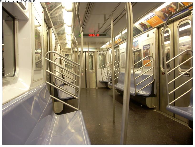 (175k, 819x619)<br><b>Country:</b> United States<br><b>City:</b> New York<br><b>System:</b> New York City Transit<br><b>Route:</b> 6<br><b>Car:</b> R-142 or R-142A (Number Unknown)  <br><b>Photo by:</b> Bill E.<br><b>Date:</b> 12/16/2007<br><b>Viewed (this week/total):</b> 4 / 2678
