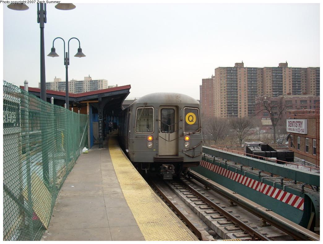 (265k, 1044x788)<br><b>Country:</b> United States<br><b>City:</b> New York<br><b>System:</b> New York City Transit<br><b>Line:</b> BMT Brighton Line<br><b>Location:</b> Ocean Parkway<br><b>Route:</b> Q<br><b>Car:</b> R-68A (Kawasaki, 1988-1989) 5066 <br><b>Photo by:</b> Zach Summer<br><b>Date:</b> 12/9/2007<br><b>Viewed (this week/total):</b> 0 / 2528