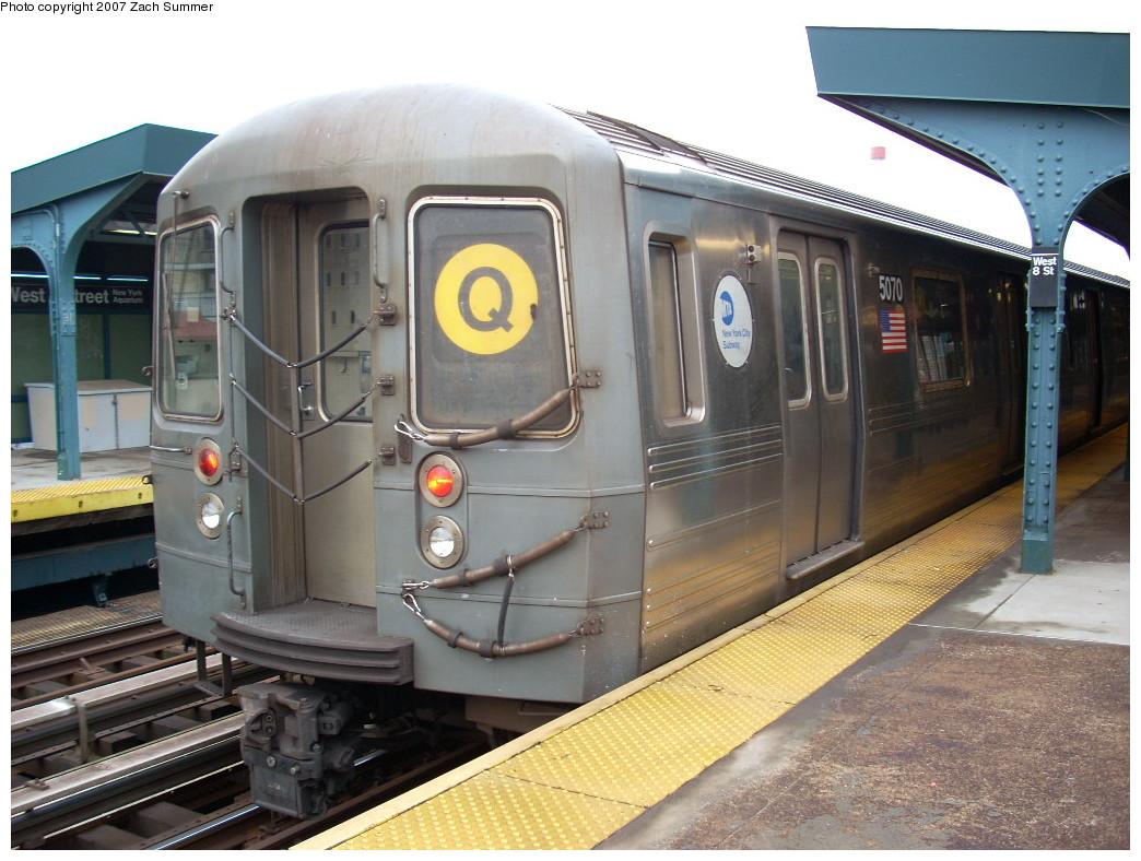 (256k, 1044x788)<br><b>Country:</b> United States<br><b>City:</b> New York<br><b>System:</b> New York City Transit<br><b>Line:</b> BMT Brighton Line<br><b>Location:</b> West 8th Street<br><b>Route:</b> Q<br><b>Car:</b> R-68A (Kawasaki, 1988-1989) 5070 <br><b>Photo by:</b> Zach Summer<br><b>Date:</b> 12/9/2007<br><b>Viewed (this week/total):</b> 0 / 2193
