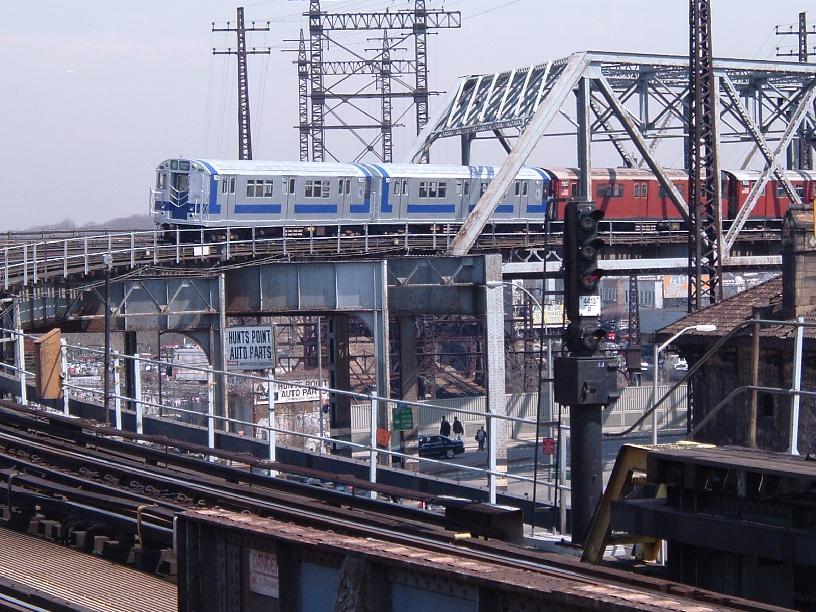 (123k, 816x612)<br><b>Country:</b> United States<br><b>City:</b> New York<br><b>System:</b> New York City Transit<br><b>Line:</b> IRT Pelham Line<br><b>Location:</b> Whitlock Avenue<br><b>Route:</b> Fan Trip<br><b>Car:</b> R-33 Main Line (St. Louis, 1962-63) 9010 <br><b>Photo by:</b> Chris Reidy<br><b>Date:</b> 4/17/2004<br><b>Viewed (this week/total):</b> 1 / 2735
