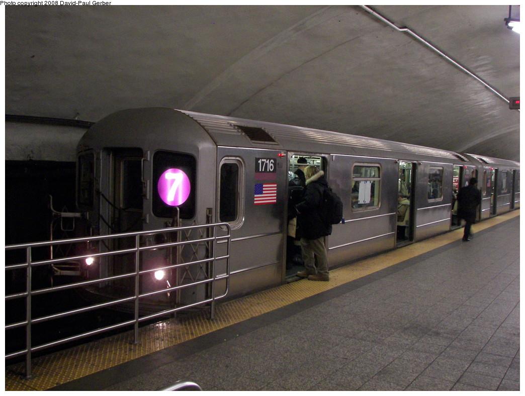 (263k, 1044x788)<br><b>Country:</b> United States<br><b>City:</b> New York<br><b>System:</b> New York City Transit<br><b>Line:</b> IRT Flushing Line<br><b>Location:</b> Grand Central<br><b>Route:</b> 7<br><b>Car:</b> R-62A (Bombardier, 1984-1987) 1716 <br><b>Photo by:</b> David-Paul Gerber<br><b>Date:</b> 1/14/2008<br><b>Viewed (this week/total):</b> 1 / 2428