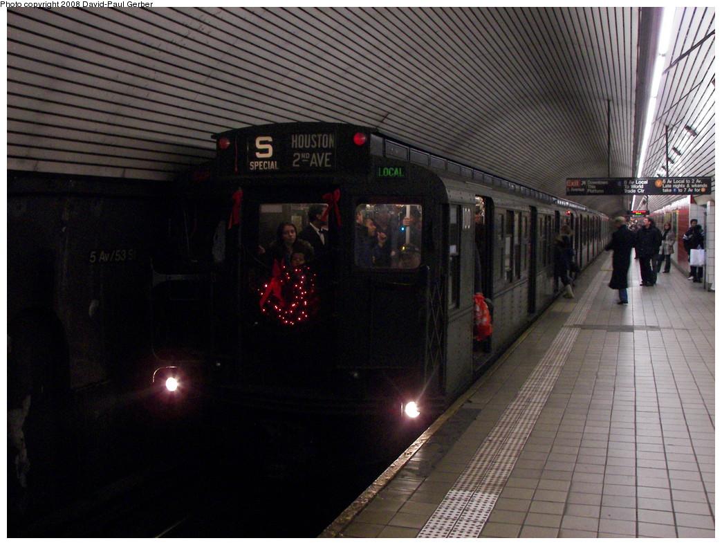 (282k, 1044x788)<br><b>Country:</b> United States<br><b>City:</b> New York<br><b>System:</b> New York City Transit<br><b>Line:</b> IND Queens Boulevard Line<br><b>Location:</b> 5th Avenue/53rd Street<br><b>Route:</b> Museum Train Service (V)<br><b>Car:</b> R-1 (American Car & Foundry, 1930-1931) 100 <br><b>Photo by:</b> David-Paul Gerber<br><b>Date:</b> 12/9/2007<br><b>Notes:</b> Holiday nostalgia train service.<br><b>Viewed (this week/total):</b> 2 / 2576
