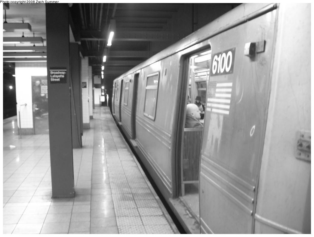 (159k, 1044x788)<br><b>Country:</b> United States<br><b>City:</b> New York<br><b>System:</b> New York City Transit<br><b>Line:</b> IND 6th Avenue Line<br><b>Location:</b> 2nd Avenue<br><b>Route:</b> F<br><b>Car:</b> R-46 (Pullman-Standard, 1974-75) 6100 <br><b>Photo by:</b> Zach Summer<br><b>Date:</b> 12/16/2007<br><b>Viewed (this week/total):</b> 4 / 2252