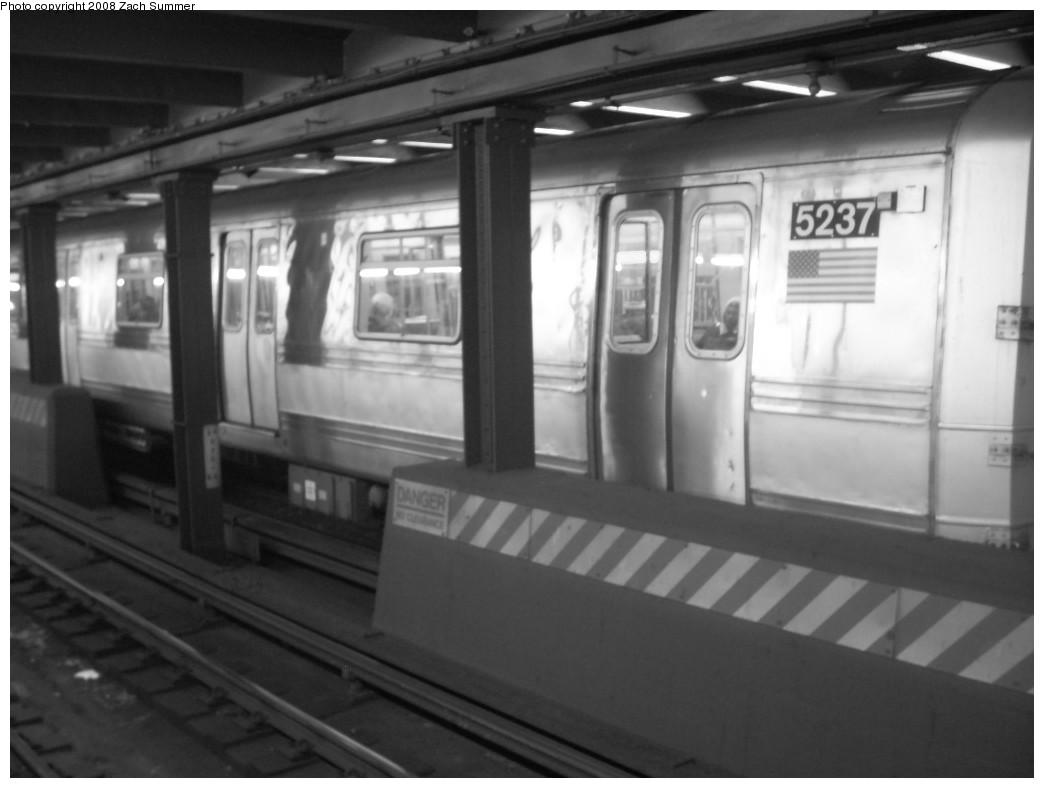 (157k, 1044x788)<br><b>Country:</b> United States<br><b>City:</b> New York<br><b>System:</b> New York City Transit<br><b>Line:</b> IND 8th Avenue Line<br><b>Location:</b> West 4th Street/Washington Square<br><b>Route:</b> A<br><b>Car:</b> R-44 (St. Louis, 1971-73) 5237 <br><b>Photo by:</b> Zach Summer<br><b>Date:</b> 12/16/2007<br><b>Viewed (this week/total):</b> 1 / 3067