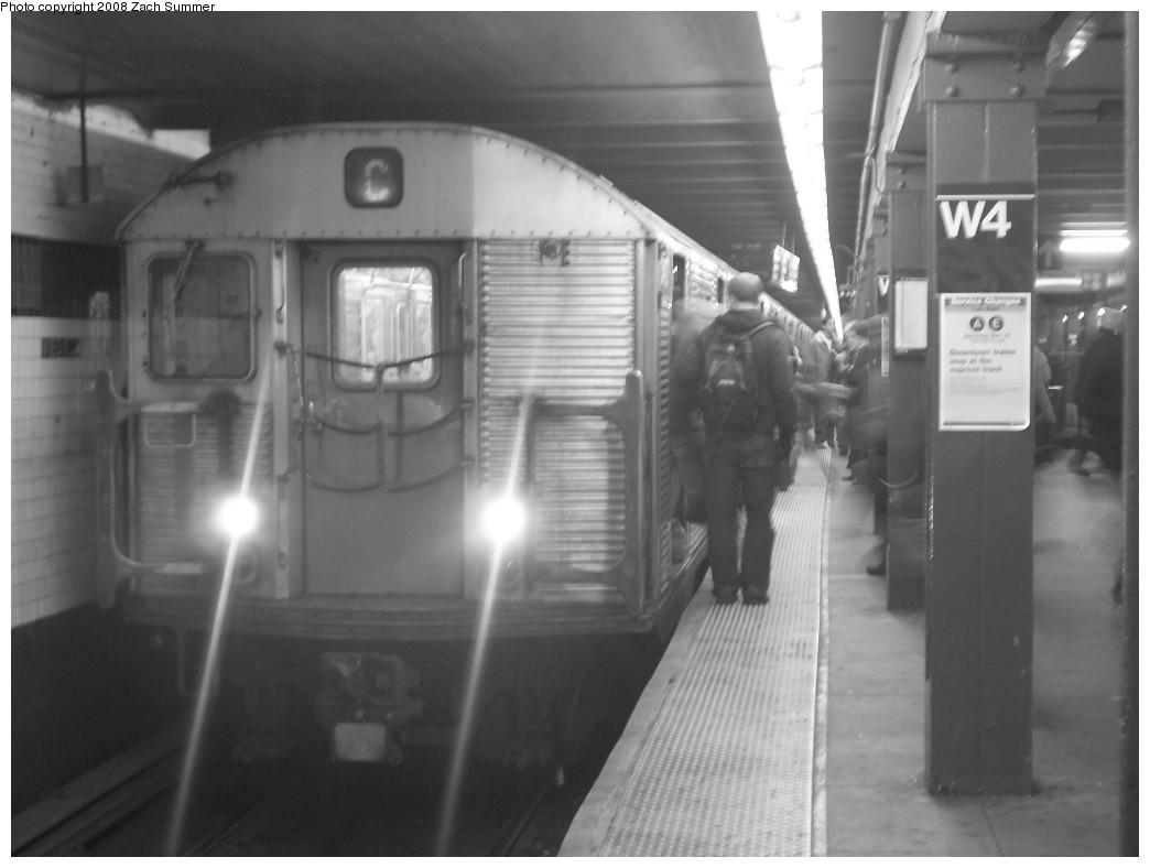 (160k, 1044x788)<br><b>Country:</b> United States<br><b>City:</b> New York<br><b>System:</b> New York City Transit<br><b>Line:</b> IND 8th Avenue Line<br><b>Location:</b> West 4th Street/Washington Square<br><b>Route:</b> C<br><b>Car:</b> R-32 (Budd, 1964) 3427 <br><b>Photo by:</b> Zach Summer<br><b>Date:</b> 12/16/2007<br><b>Viewed (this week/total):</b> 4 / 2346