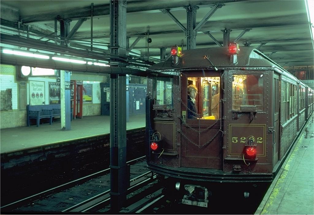 (209k, 1024x703)<br><b>Country:</b> United States<br><b>City:</b> New York<br><b>System:</b> New York City Transit<br><b>Line:</b> IRT Brooklyn Line<br><b>Location:</b> Borough Hall (East Side Branch)<br><b>Route:</b> Fan Trip<br><b>Car:</b> Low-V (Museum Train) 5292 <br><b>Photo by:</b> Joe Testagrose<br><b>Date:</b> 11/3/1979<br><b>Viewed (this week/total):</b> 0 / 5882
