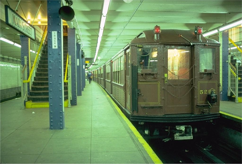 (197k, 1024x694)<br><b>Country:</b> United States<br><b>City:</b> New York<br><b>System:</b> New York City Transit<br><b>Line:</b> IRT Flushing Line<br><b>Location:</b> Main Street/Flushing<br><b>Route:</b> Fan Trip<br><b>Car:</b> Low-V (Museum Train) 5292 <br><b>Photo by:</b> Doug Grotjahn<br><b>Collection of:</b> Joe Testagrose<br><b>Date:</b> 6/2/1979<br><b>Viewed (this week/total):</b> 0 / 6361