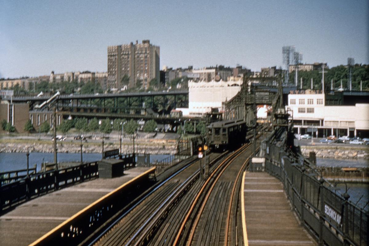 (475k, 1200x800)<br><b>Country:</b> United States<br><b>City:</b> New York<br><b>System:</b> New York City Transit<br><b>Line:</b> 9th Avenue El<br><b>Location:</b> Sedgwick Avenue<br><b>Car:</b> Low-V  <br><b>Photo by:</b> Houser Collection<br><b>Collection of:</b> David Pirmann<br><b>Date:</b> 6/14/1958<br><b>Notes:</b> Polo Grounds Shuttle<br><b>Viewed (this week/total):</b> 2 / 23209