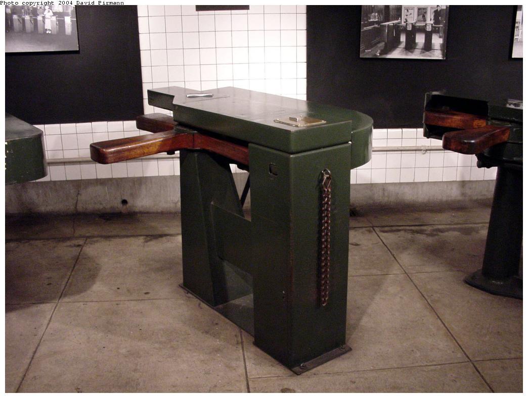 (105k, 1044x788)<br><b>Country:</b> United States<br><b>City:</b> New York<br><b>System:</b> New York City Transit<br><b>Location:</b> New York Transit Museum<br><b>Photo by:</b> David Pirmann<br><b>Date:</b> 6/18/2000<br><b>Notes:</b> Wooden paddle turnstile-fare collection exhibit at the New York Transit Museum<br><b>Viewed (this week/total):</b> 8 / 26671