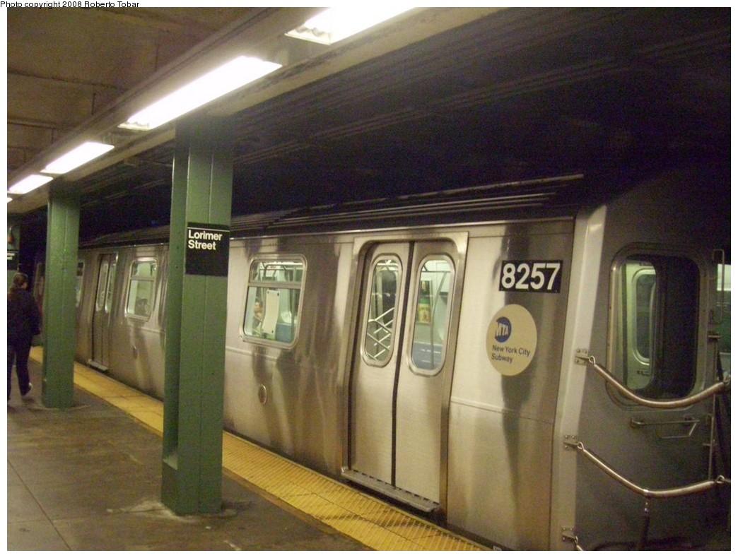 (203k, 1044x790)<br><b>Country:</b> United States<br><b>City:</b> New York<br><b>System:</b> New York City Transit<br><b>Line:</b> BMT Canarsie Line<br><b>Location:</b> Lorimer Street<br><b>Route:</b> L<br><b>Car:</b> R-143 (Kawasaki, 2001-2002) 8257 <br><b>Photo by:</b> Roberto C. Tobar<br><b>Date:</b> 4/12/2008<br><b>Viewed (this week/total):</b> 1 / 2619