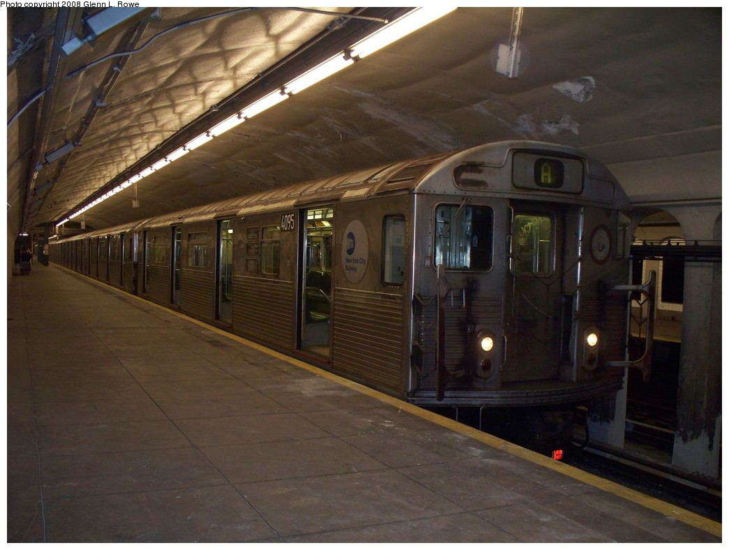 (183k, 1044x788)<br><b>Country:</b> United States<br><b>City:</b> New York<br><b>System:</b> New York City Transit<br><b>Line:</b> IND 8th Avenue Line<br><b>Location:</b> 190th Street/Overlook Terrace<br><b>Route:</b> A<br><b>Car:</b> R-38 (St. Louis, 1966-1967) 4095 <br><b>Photo by:</b> Glenn L. Rowe<br><b>Date:</b> 5/5/2008<br><b>Viewed (this week/total):</b> 2 / 2063