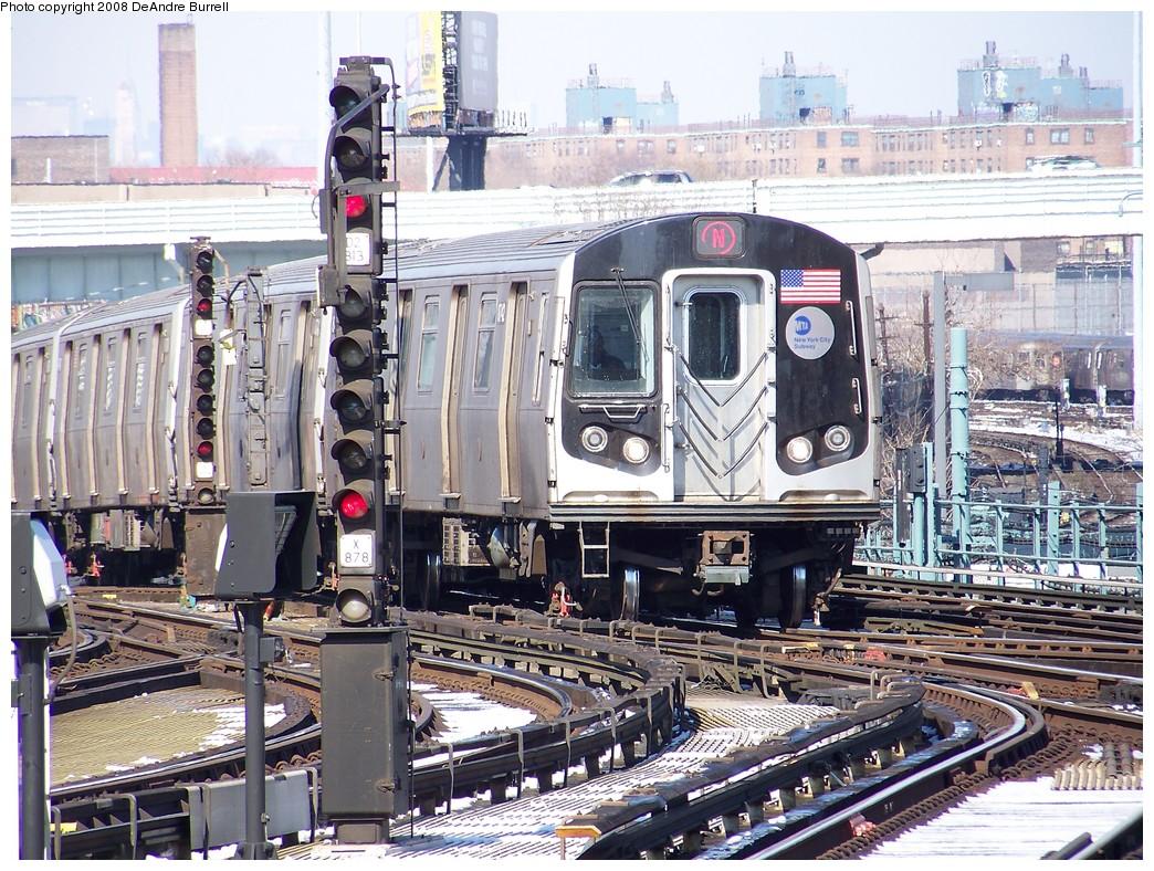 (322k, 1044x788)<br><b>Country:</b> United States<br><b>City:</b> New York<br><b>System:</b> New York City Transit<br><b>Location:</b> Coney Island/Stillwell Avenue<br><b>Route:</b> N<br><b>Car:</b> R-160B (Kawasaki, 2005-2008) 8742 <br><b>Photo by:</b> DeAndre Burrell<br><b>Date:</b> 4/12/2007<br><b>Viewed (this week/total):</b> 2 / 1729
