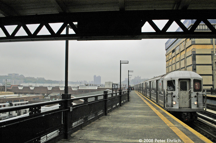 (187k, 864x574)<br><b>Country:</b> United States<br><b>City:</b> New York<br><b>System:</b> New York City Transit<br><b>Line:</b> IRT West Side Line<br><b>Location:</b> 215th Street<br><b>Car:</b> R-62A (Bombardier, 1984-1987) 2191 <br><b>Photo by:</b> Peter Ehrlich<br><b>Date:</b> 5/2/2008<br><b>Notes:</b> With cars ready for reefing at 207th Street Yard on the left.<br><b>Viewed (this week/total):</b> 2 / 2622