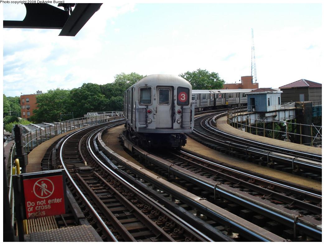 (239k, 1044x788)<br><b>Country:</b> United States<br><b>City:</b> New York<br><b>System:</b> New York City Transit<br><b>Line:</b> IRT White Plains Road Line<br><b>Location:</b> West Farms Sq./East Tremont Ave./177th St.<br><b>Route:</b> 3<br><b>Car:</b> R-62 (Kawasaki, 1983-1985) 1390 <br><b>Photo by:</b> DeAndre Burrell<br><b>Date:</b> 6/23/2007<br><b>Viewed (this week/total):</b> 1 / 3276