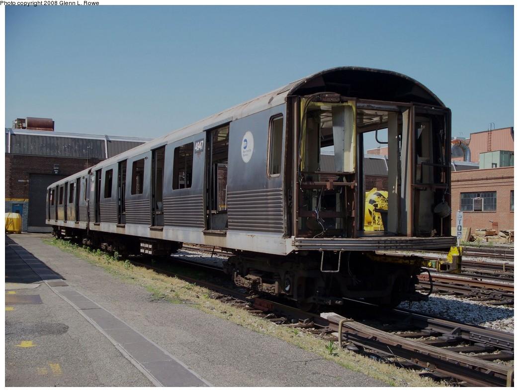 (226k, 1044x788)<br><b>Country:</b> United States<br><b>City:</b> New York<br><b>System:</b> New York City Transit<br><b>Location:</b> 207th Street Yard<br><b>Car:</b> R-42 (St. Louis, 1969-1970) 4947 <br><b>Photo by:</b> Glenn L. Rowe<br><b>Date:</b> 6/13/2008<br><b>Notes:</b> Scrap<br><b>Viewed (this week/total):</b> 0 / 1880
