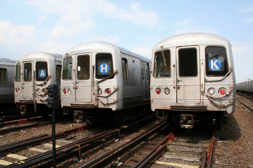 (98k, 864x576)<br><b>Country:</b> United States<br><b>City:</b> New York<br><b>System:</b> New York City Transit<br><b>Location:</b> Rockaway Park Yard<br><b>Car:</b> R-44 (St. Louis, 1971-73)  <br><b>Photo by:</b> Bill Demo<br><b>Date:</b> 6/16/2008<br><b>Notes:</b> Notice roll signs set to various routes that formerly served the Rockaways.<br><b>Viewed (this week/total):</b> 0 / 5991