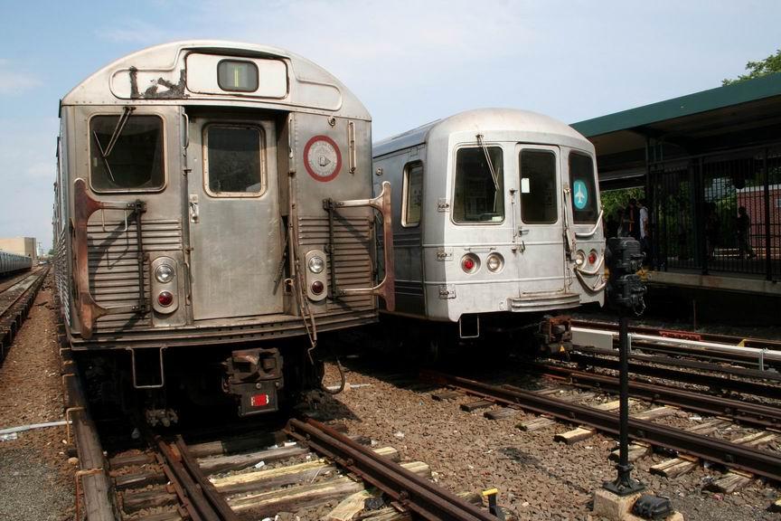 (110k, 864x576)<br><b>Country:</b> United States<br><b>City:</b> New York<br><b>System:</b> New York City Transit<br><b>Location:</b> Rockaway Park Yard<br><b>Car:</b> R-38 (St. Louis, 1966-1967)  <br><b>Photo by:</b> Bill Demo<br><b>Date:</b> 6/16/2008<br><b>Notes:</b> With R44 with JFK rollsign.<br><b>Viewed (this week/total):</b> 1 / 3671