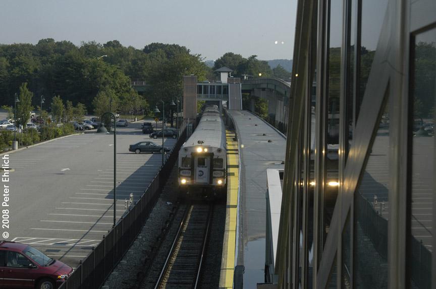 (151k, 864x574)<br><b>Country:</b> United States<br><b>System:</b> Metro-North Railroad (or Amtrak or Predecessor RR)<br><b>Line:</b> Metro North-Harlem Line<br><b>Location:</b> Golden's Bridge<br><b>Car:</b> MNRR/CDOT Shoreliner (Bombardier) 6306 <br><b>Photo by:</b> Peter Ehrlich<br><b>Date:</b> 7/22/2008<br><b>Notes:</b> Inbound.<br><b>Viewed (this week/total):</b> 0 / 783