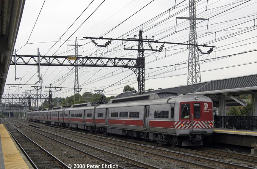 (213k, 864x569)<br><b>Country:</b> United States<br><b>System:</b> Metro-North Railroad (or Amtrak or Predecessor RR)<br><b>Line:</b> Metro North-New Haven Line<br><b>Location:</b> Darien<br><b>Car:</b> MNRR M-2 EMU (GE/Vickers) 8421 <br><b>Photo by:</b> Peter Ehrlich<br><b>Date:</b> 7/22/2008<br><b>Notes:</b> Outbound.<br><b>Viewed (this week/total):</b> 0 / 1003