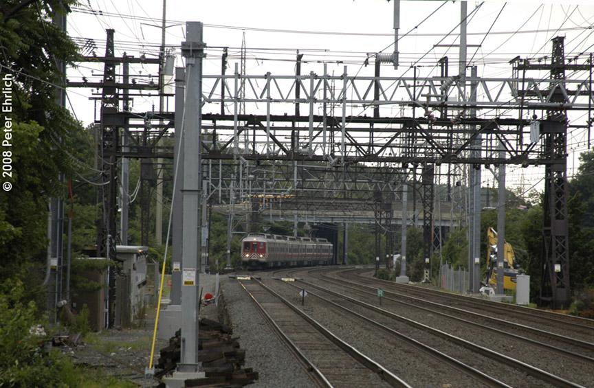 (231k, 864x565)<br><b>Country:</b> United States<br><b>System:</b> Metro-North Railroad (or Amtrak or Predecessor RR)<br><b>Line:</b> Metro North-New Haven Line<br><b>Location:</b> Darien<br><b>Car:</b> MNRR M-2 EMU (GE/Vickers) 8515 <br><b>Photo by:</b> Peter Ehrlich<br><b>Date:</b> 7/22/2008<br><b>Notes:</b> Inbound.<br><b>Viewed (this week/total):</b> 1 / 833