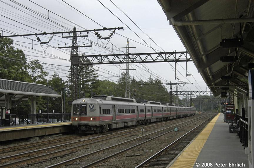 (209k, 864x574)<br><b>Country:</b> United States<br><b>System:</b> Metro-North Railroad (or Amtrak or Predecessor RR)<br><b>Line:</b> Metro North-New Haven Line<br><b>Location:</b> Darien<br><b>Car:</b> MNRR M-2 EMU (GE/Vickers) 8804 <br><b>Photo by:</b> Peter Ehrlich<br><b>Date:</b> 7/22/2008<br><b>Notes:</b> Outbound.<br><b>Viewed (this week/total):</b> 1 / 798