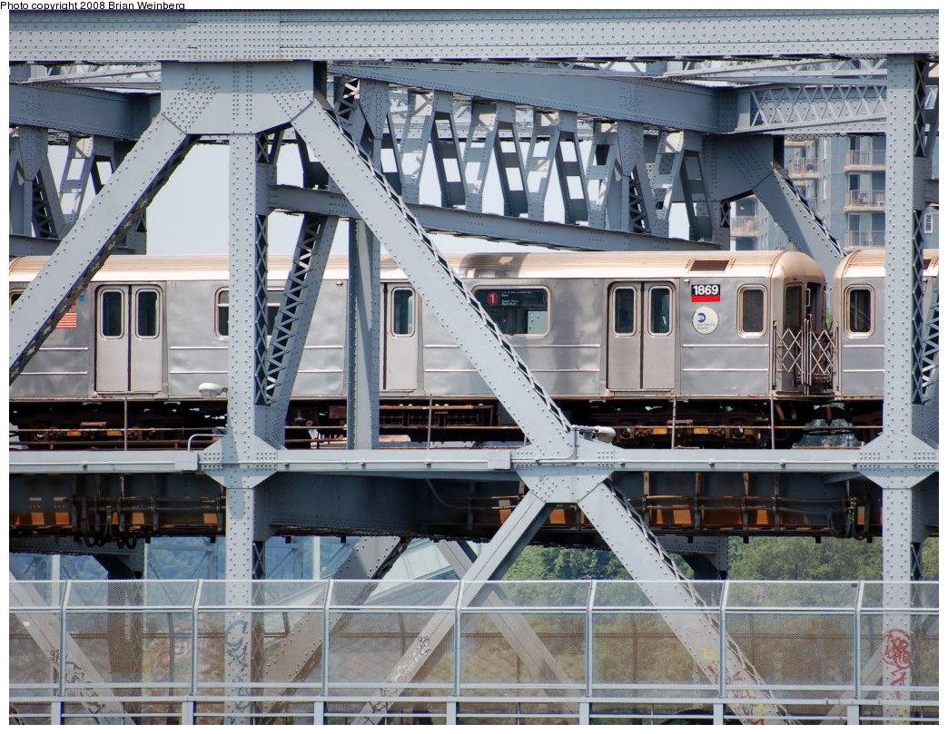 (339k, 1044x809)<br><b>Country:</b> United States<br><b>City:</b> New York<br><b>System:</b> New York City Transit<br><b>Line:</b> IRT West Side Line<br><b>Location:</b> Broadway Bridge<br><b>Route:</b> 1<br><b>Car:</b> R-62A (Bombardier, 1984-1987) 1869 <br><b>Photo by:</b> Brian Weinberg<br><b>Date:</b> 7/17/2008<br><b>Viewed (this week/total):</b> 0 / 2184