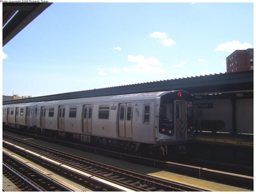 (152k, 1044x791)<br><b>Country:</b> United States<br><b>City:</b> New York<br><b>System:</b> New York City Transit<br><b>Line:</b> BMT Nassau Street-Jamaica Line<br><b>Location:</b> Halsey Street<br><b>Route:</b> J<br><b>Car:</b> R-160A-1 (Alstom, 2005-2008, 4 car sets) 8440 <br><b>Photo by:</b> Roberto C. Tobar<br><b>Date:</b> 8/16/2008<br><b>Viewed (this week/total):</b> 2 / 1821