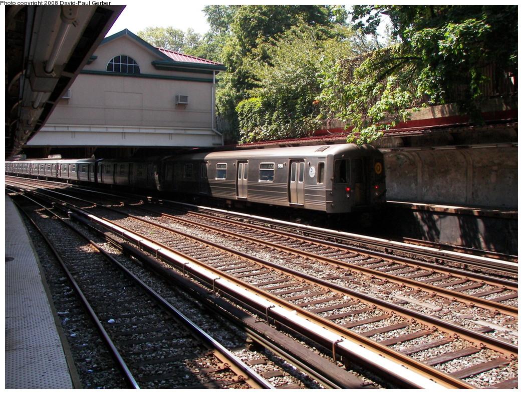 (422k, 1044x788)<br><b>Country:</b> United States<br><b>City:</b> New York<br><b>System:</b> New York City Transit<br><b>Line:</b> BMT Brighton Line<br><b>Location:</b> Beverley Road<br><b>Route:</b> Q<br><b>Car:</b> R-68A (Kawasaki, 1988-1989) 5158 <br><b>Photo by:</b> David-Paul Gerber<br><b>Date:</b> 8/18/2008<br><b>Viewed (this week/total):</b> 3 / 1784