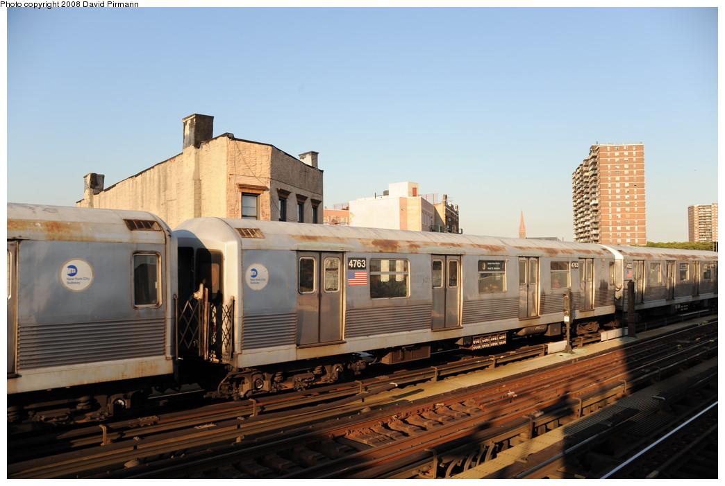 (234k, 1044x701)<br><b>Country:</b> United States<br><b>City:</b> New York<br><b>System:</b> New York City Transit<br><b>Line:</b> BMT Nassau Street-Jamaica Line<br><b>Location:</b> Hewes Street<br><b>Route:</b> J<br><b>Car:</b> R-42 (St. Louis, 1969-1970) 4763 <br><b>Photo by:</b> David Pirmann<br><b>Date:</b> 8/21/2008<br><b>Viewed (this week/total):</b> 0 / 1479