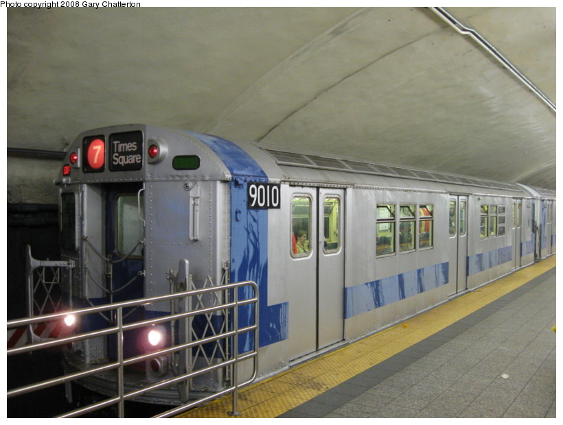 (123k, 820x620)<br><b>Country:</b> United States<br><b>City:</b> New York<br><b>System:</b> New York City Transit<br><b>Line:</b> IRT Flushing Line<br><b>Location:</b> Grand Central<br><b>Route:</b> Museum Train Service (7)<br><b>Car:</b> R-33 Main Line (St. Louis, 1962-63) 9010 <br><b>Photo by:</b> Gary Chatterton<br><b>Date:</b> 9/28/2008<br><b>Notes:</b> Shea Stadium closing day special<br><b>Viewed (this week/total):</b> 9 / 3495