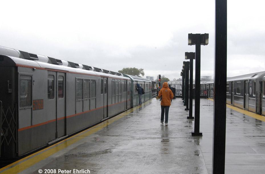 (148k, 930x609)<br><b>Country:</b> United States<br><b>City:</b> New York<br><b>System:</b> New York City Transit<br><b>Line:</b> IRT Flushing Line<br><b>Location:</b> Willets Point/Mets (fmr. Shea Stadium)<br><b>Route:</b> Museum Train Service (7)<br><b>Car:</b> R-12 (American Car & Foundry, 1948) 5760 <br><b>Photo by:</b> Peter Ehrlich<br><b>Date:</b> 9/28/2008<br><b>Notes:</b> Willets Point Blvd. Station.  With 2142 outbound.<br><b>Viewed (this week/total):</b> 1 / 1630