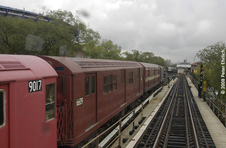 (190k, 930x610)<br><b>Country:</b> United States<br><b>City:</b> New York<br><b>System:</b> New York City Transit<br><b>Line:</b> IRT Flushing Line<br><b>Location:</b> Willets Point/Mets (fmr. Shea Stadium)<br><b>Route:</b> Museum Train Service (7)<br><b>Car:</b> R-17 (St. Louis, 1955-56) 6609 <br><b>Photo by:</b> Peter Ehrlich<br><b>Date:</b> 9/28/2008<br><b>Notes:</b> Pulling in from Willets Point Blvd. Station.<br><b>Viewed (this week/total):</b> 1 / 1630