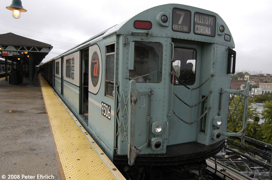 (199k, 930x618)<br><b>Country:</b> United States<br><b>City:</b> New York<br><b>System:</b> New York City Transit<br><b>Line:</b> IRT Flushing Line<br><b>Location:</b> 61st Street/Woodside<br><b>Route:</b> Museum Train Service (7)<br><b>Car:</b> R-33 World's Fair (St. Louis, 1963-64) 9306 <br><b>Photo by:</b> Peter Ehrlich<br><b>Date:</b> 9/28/2008<br><b>Notes:</b> 61 St-Woodside inbound, trailing view.<br><b>Viewed (this week/total):</b> 6 / 1904
