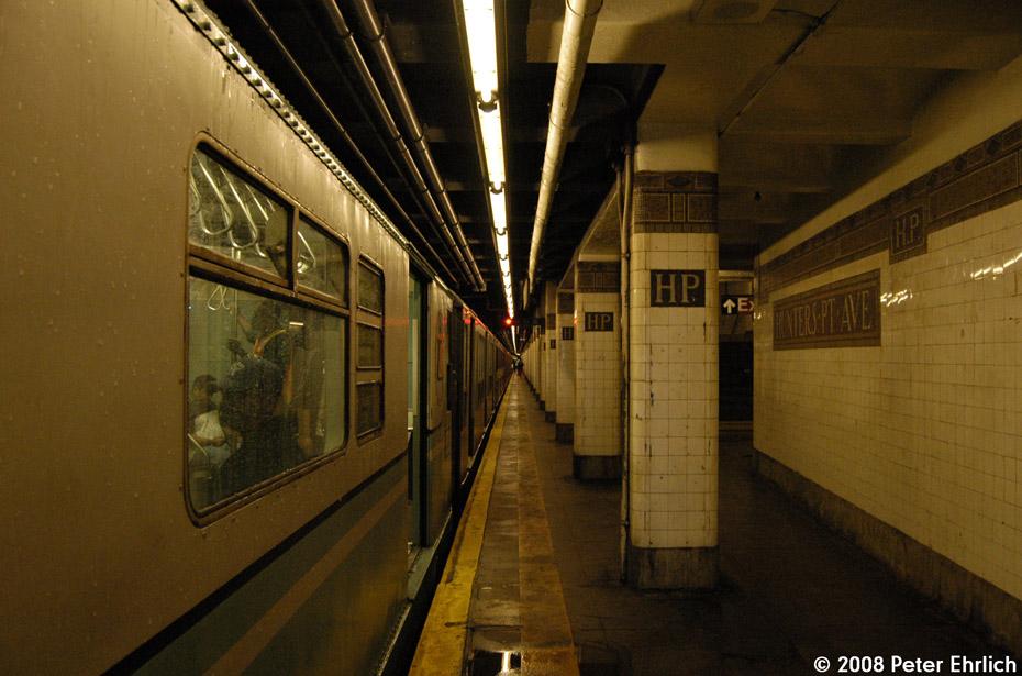 (201k, 930x615)<br><b>Country:</b> United States<br><b>City:</b> New York<br><b>System:</b> New York City Transit<br><b>Line:</b> IRT Flushing Line<br><b>Location:</b> Hunters Point Avenue<br><b>Route:</b> Museum Train Service (7)<br><b>Car:</b> R-33 World's Fair (St. Louis, 1963-64) 9306 <br><b>Photo by:</b> Peter Ehrlich<br><b>Date:</b> 9/28/2008<br><b>Notes:</b> Hunterspoint Avenue inbound.<br><b>Viewed (this week/total):</b> 4 / 2683