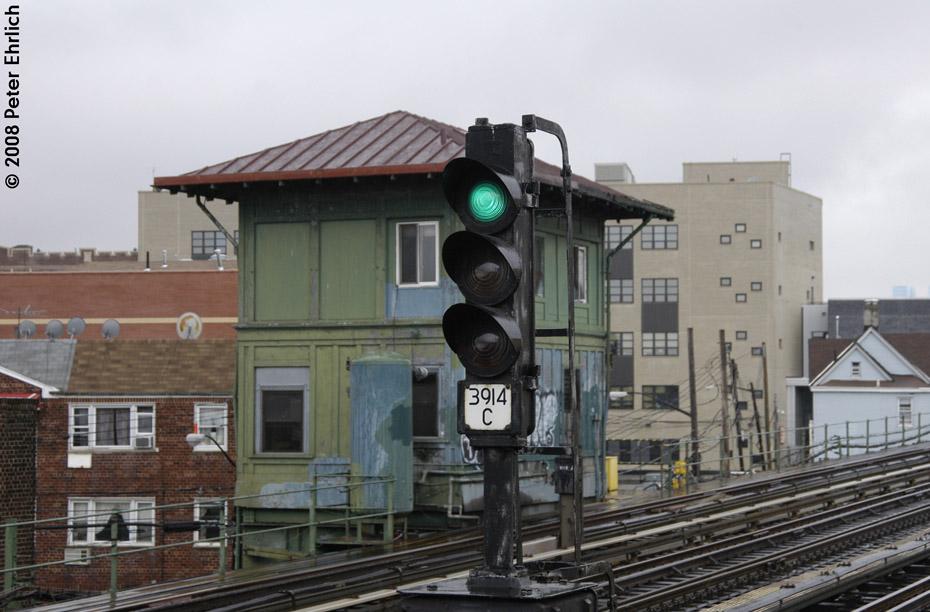 (176k, 930x612)<br><b>Country:</b> United States<br><b>City:</b> New York<br><b>System:</b> New York City Transit<br><b>Line:</b> IRT Flushing Line<br><b>Location:</b> 103rd Street/Corona Plaza<br><b>Photo by:</b> Peter Ehrlich<br><b>Date:</b> 9/28/2008<br><b>Notes:</b> Signal and tower west of 103 St-Corona Plaza.<br><b>Viewed (this week/total):</b> 4 / 1739
