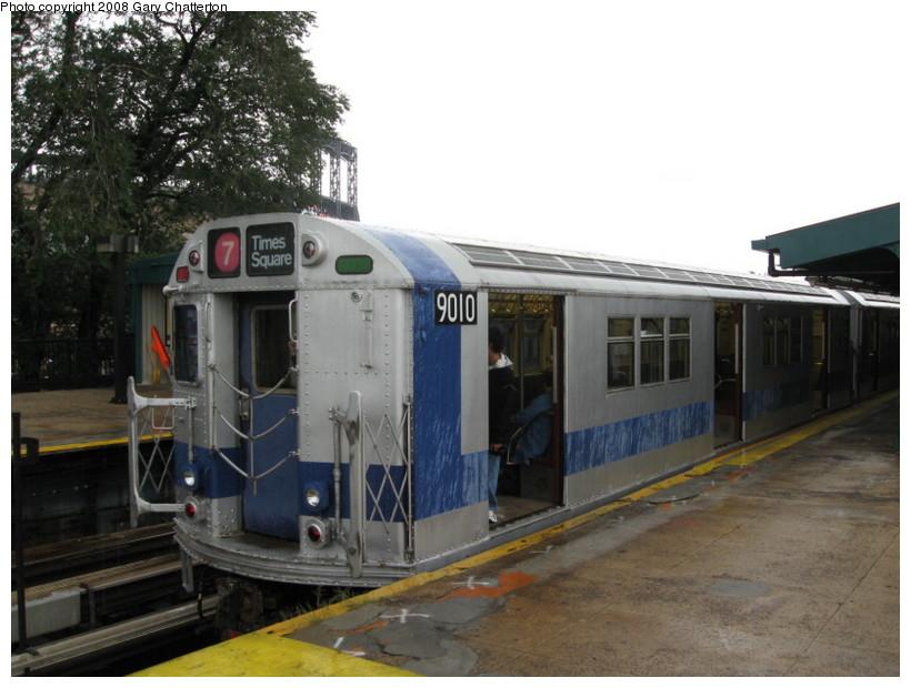 (123k, 820x620)<br><b>Country:</b> United States<br><b>City:</b> New York<br><b>System:</b> New York City Transit<br><b>Line:</b> IRT Flushing Line<br><b>Location:</b> Willets Point/Mets (fmr. Shea Stadium)<br><b>Route:</b> Museum Train Service (7)<br><b>Car:</b> R-33 Main Line (St. Louis, 1962-63) 9010 <br><b>Photo by:</b> Gary Chatterton<br><b>Date:</b> 9/28/2008<br><b>Viewed (this week/total):</b> 2 / 1810
