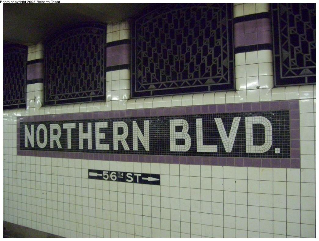 (219k, 1044x791)<br><b>Country:</b> United States<br><b>City:</b> New York<br><b>System:</b> New York City Transit<br><b>Line:</b> IND Queens Boulevard Line<br><b>Location:</b> Northern Boulevard<br><b>Photo by:</b> Roberto C. Tobar<br><b>Date:</b> 12/20/2008<br><b>Viewed (this week/total):</b> 2 / 1969